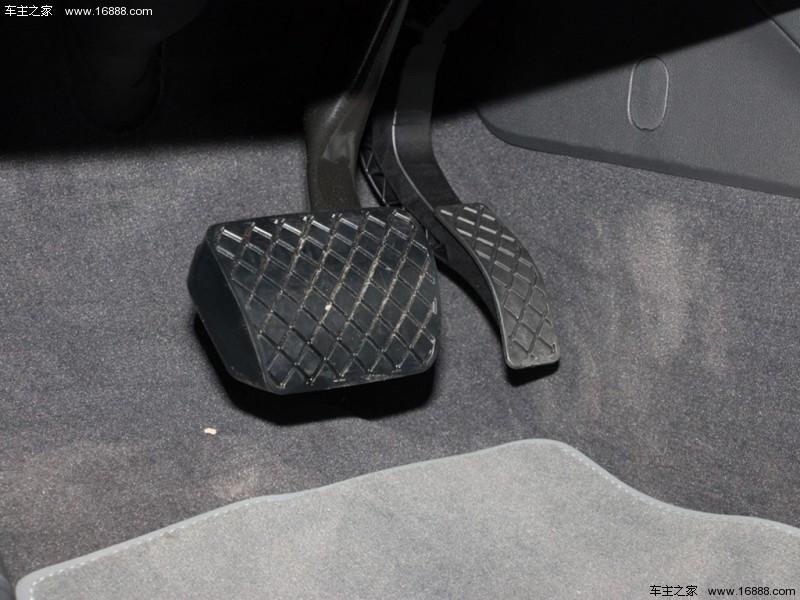 奥迪A4L 2017款 45 TFSI quattro 风尚型