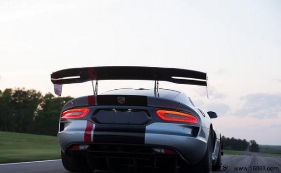 道奇蝰蛇ACR官图发布 搭8.4L V10发动机高清图片