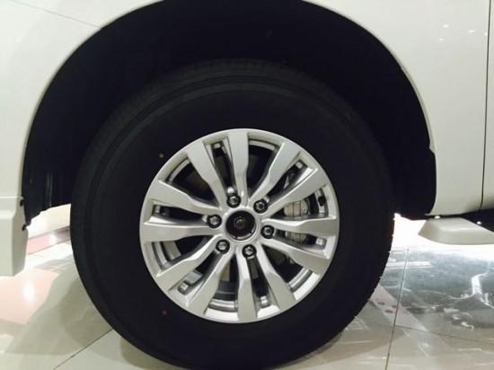 尼桑越野车大型SUV价格 尼桑途乐5.6L价格高清图片