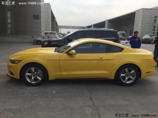 2015款福特野马 黄色现车最低30万激情体验